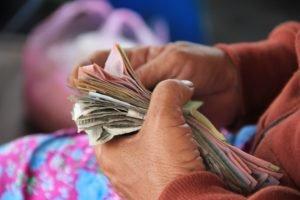 Cash bzw. Barmittel